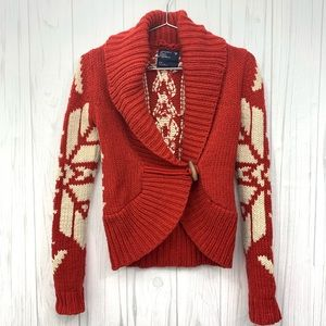 AMERICAN EAGLE RED HOLIDAY SNOWFLAKE CARDIGAN S